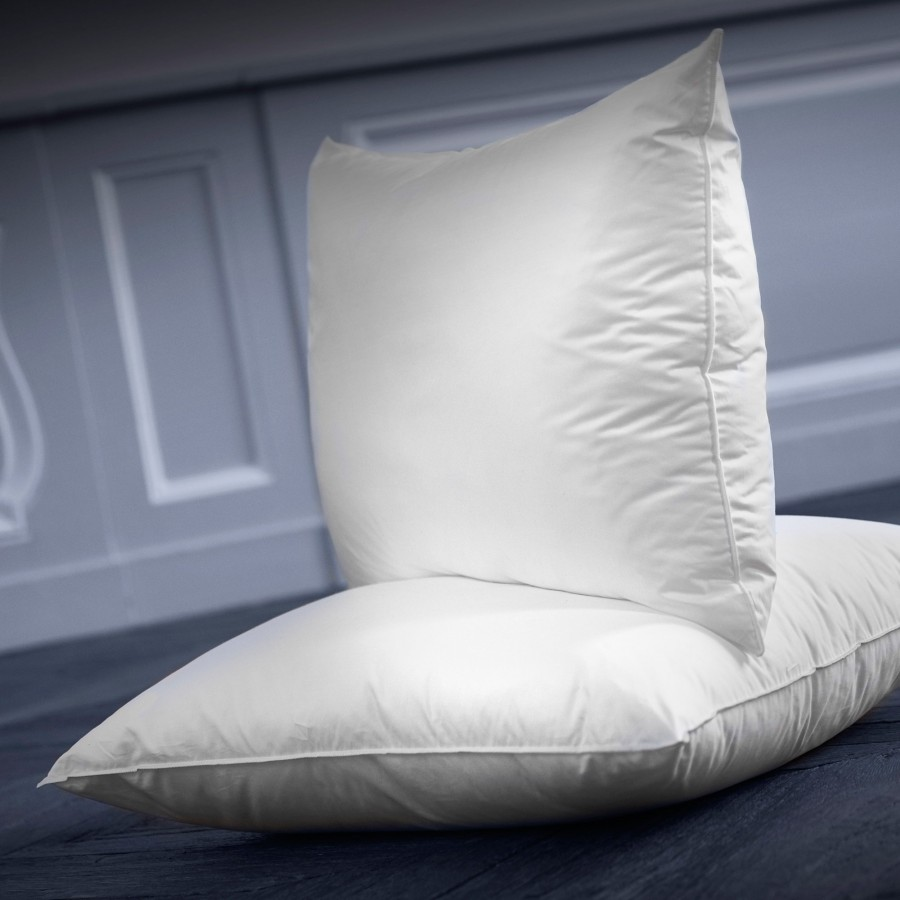Synthetic soft comfort pillow Arpège